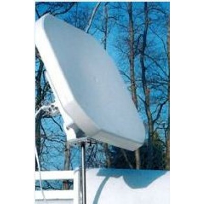 Flat Satellite Dish and Quad LNB